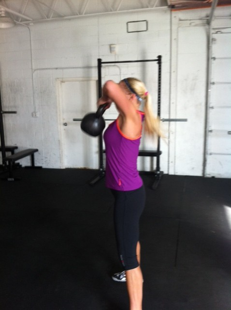 Reebok_CrossFit_capris_KB_high pull